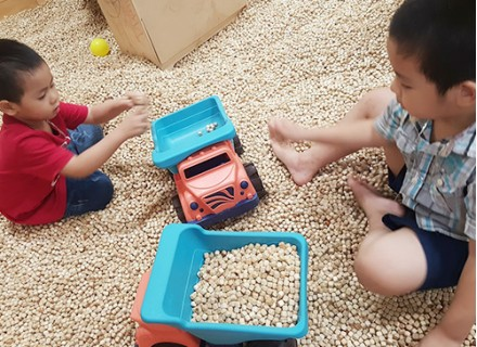 Hạt gỗ cho bé chơi